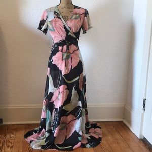 4915951c8ae Nasty Gal Dresses - Nasty Gal Floral Summer in the City Wrap Dress